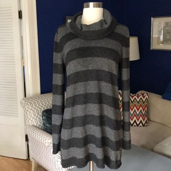 Mimi Maternity Sweaters - Mimi Maternity Black stripe Cashmere blend sweater